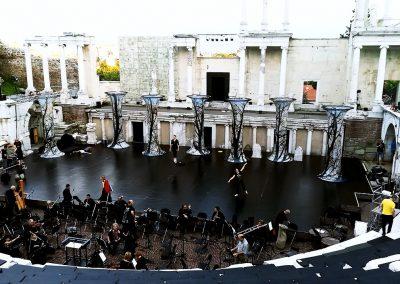 Печат на текстил за сценографията в античен театър Пловдив.
